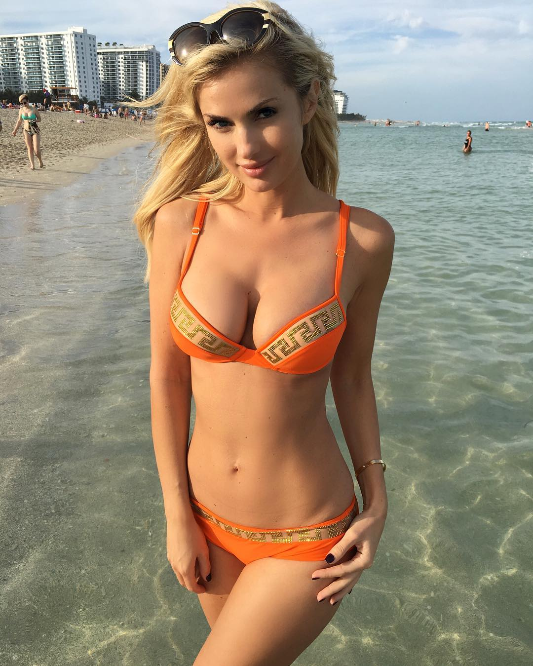 sexy bikini girls collection 04