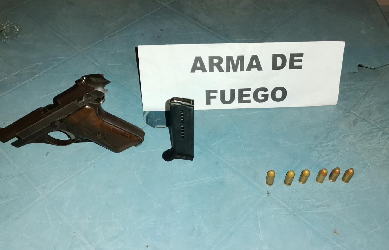 https://www.notasrosas.com/Capturado en Maicao cuando portaba un arma ilegal, de fabricación italiana