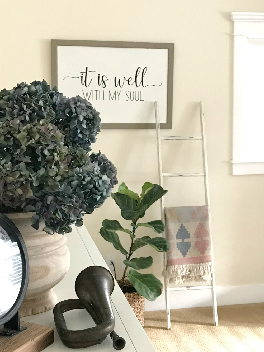vinyl silhouette sign DIY
