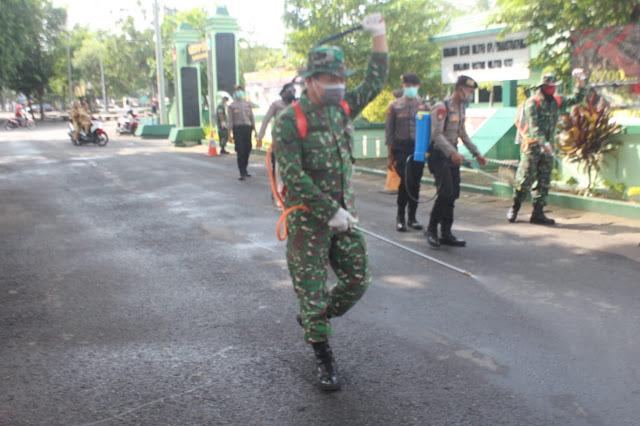 KodimKaranganyar - Sinergitas TNI, Polri dan Pemerintah Daerah Dalam Antisipasi Penyebaran Virus Corona