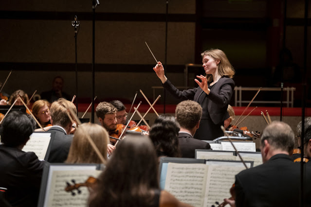 Mirga Gražinytė-Tyla and City of Birmingham Symphony Orchestra (Photo Andrew Fox)
