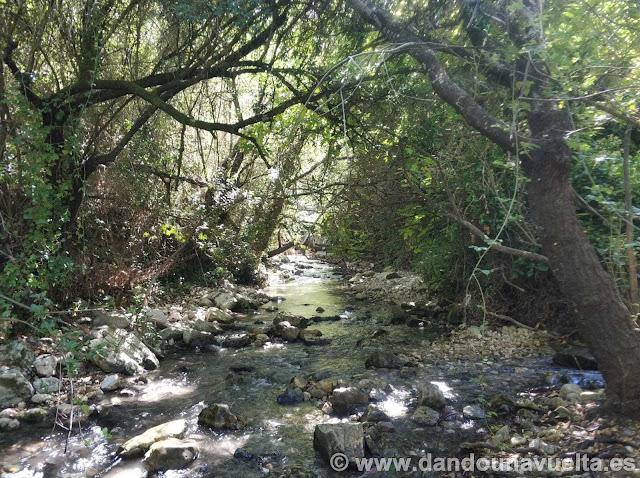 Inicio ruta corta, río Bocaleones. Zahara de la Sierra