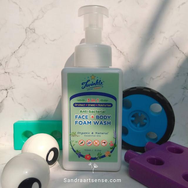 Review Twinkle 3-in-1 Anti Bacterial Face & Body Foam Wash