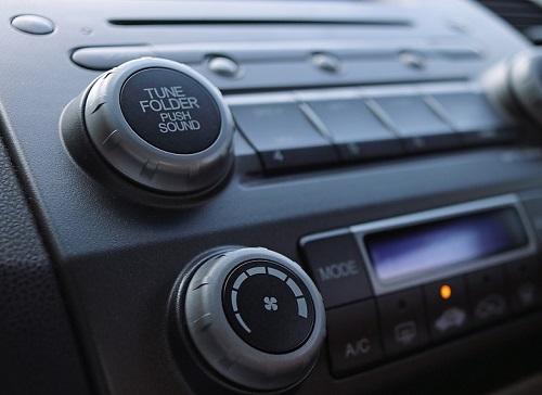 Cara Mirroring Hp ke Double Din Mobil Menggunakan Kabel USB