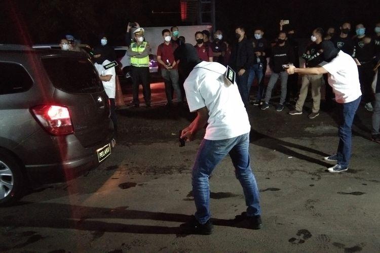 Sebut Ada Anggota Keluarga Dalang Pembunuhan 6 Laskar FPI Sakit Keras, Ki Surau: Sudah Berobat ke Singapura Tapi Belum Sembuh