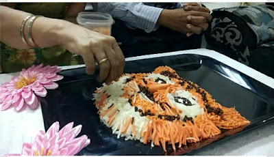 how to make a special rangoli of Wagh Baras