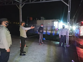 Kanit Sabhara Polsek Anggeraja Polres Enrekang Berikan Himbauan Ke Masyarakat Saat Berpatroli