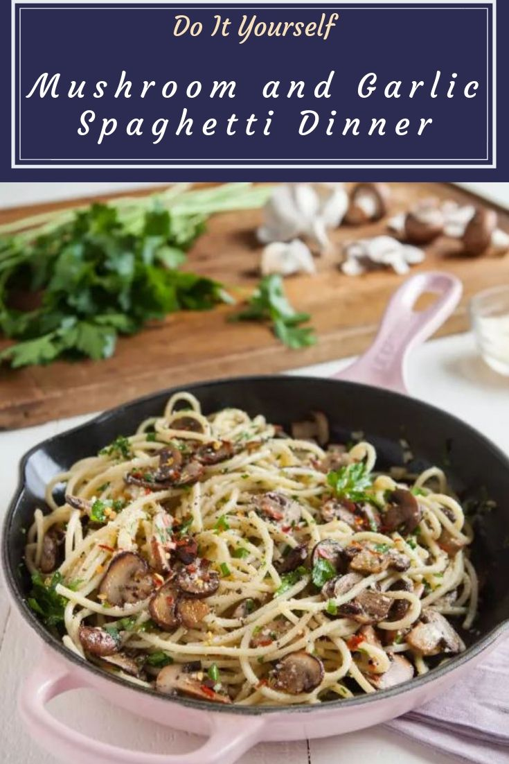 Mushroom and Garlic Spaghetti Dinner - A fast and easy recipe for spaghetti tossed in a sautéed mushroom, garlic, and butter sauce.