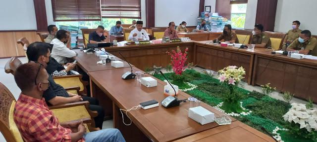 Komisi I DPRD Batam Gelar RDP dengan Warga Perumahan Sentra Raya, Terkait Pemilihan Ketua RT