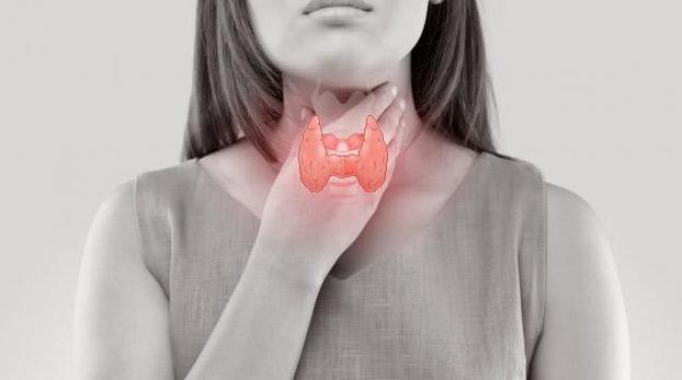اعراض خمول الغدة الدرقية عند النساء