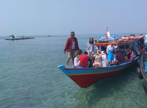 Kunjungan universitas kroasia ke pulau pahawang