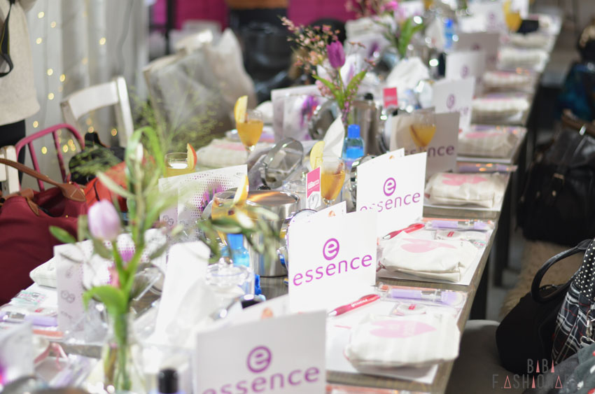 essence Blogger-Event Frühling Sommer 2016 München Tisch