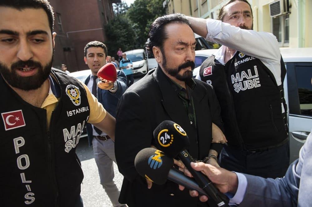 Harun Yahya Divonis 1000 Tahun Penjara oleh Pengadilan Turki