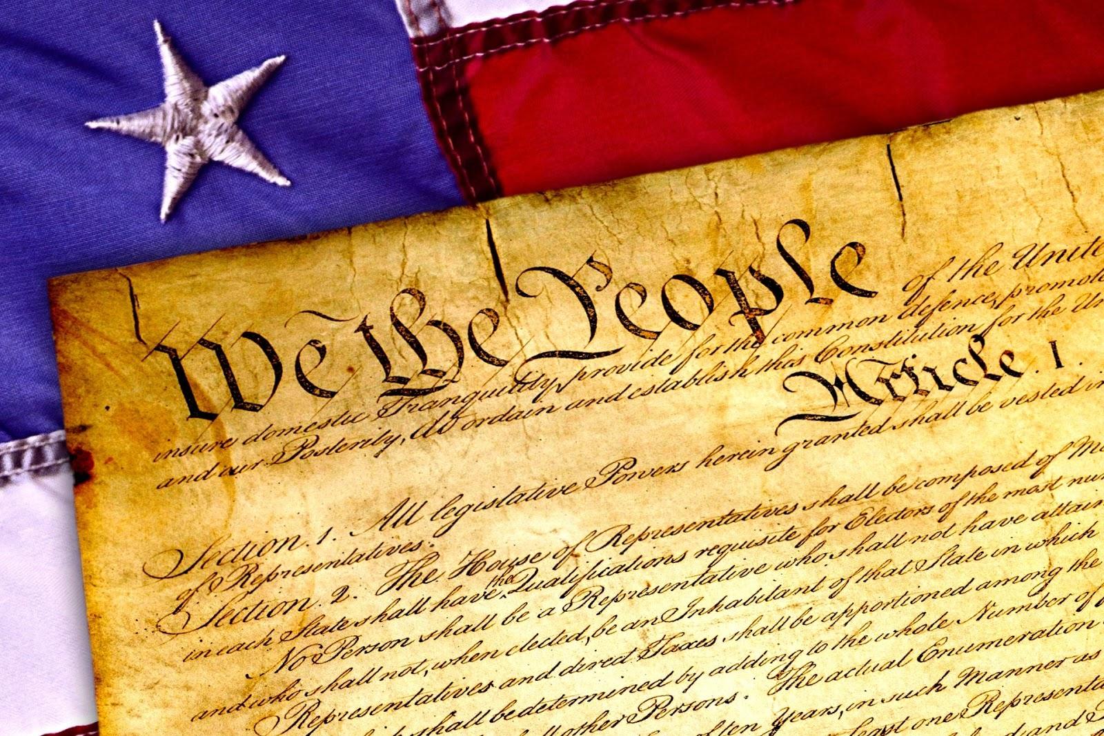 تعريف القانون الدستوري، ﻃﺮﻕ ﻭﺿﻊ ﺍﻟﺪﺳﺘﻮﺭو ﻣﺮﺍﺣﻞ مراجعته