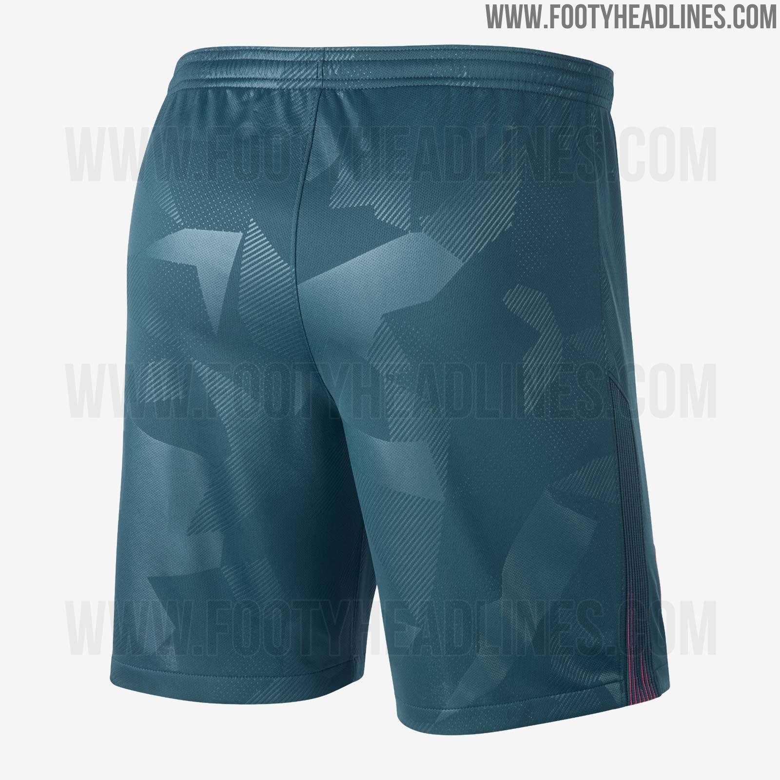 +2. The Nike Atletico Madrid ... e896f7e3c