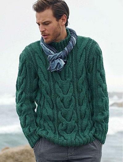 Красивый мужской свитер с крупными косами.