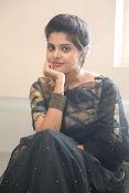 actress shravya new glam pics-thumbnail-4
