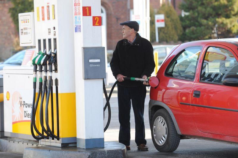 Дизель или бензин: преимущества бензина