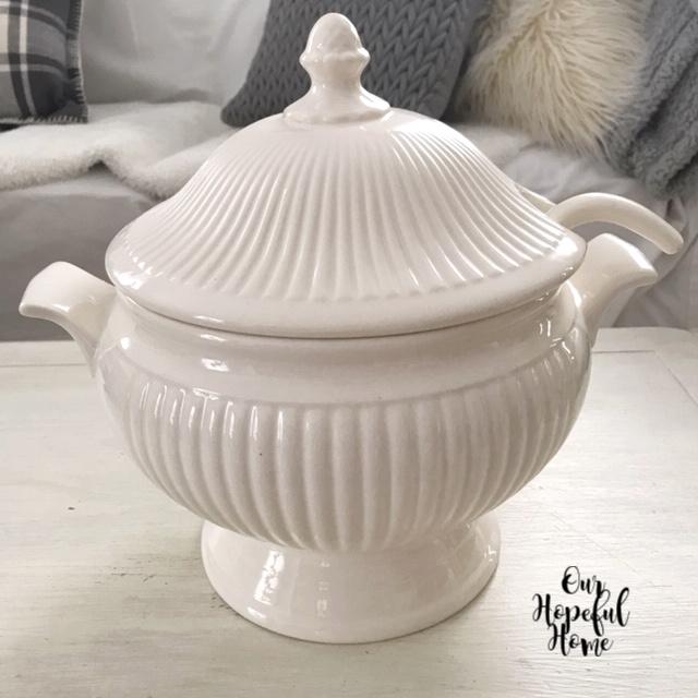ironstone soup tureen bowl lid ladle