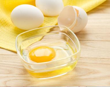 egg-yolk-face-pack