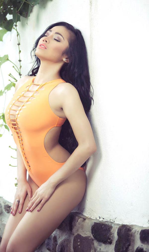 foto foto hot nheyla putri beredar tanpa sensor   artis seksi