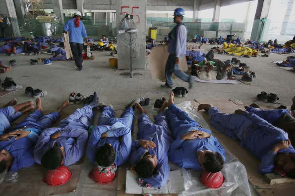 Sonapur - Το στρατόπεδο εργασίας στο Ντουμπάι