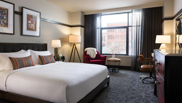 Experience lavish style and unparalleled amenities at Kimpton Journeyman Hotel, a new downtown Milwaukee hotel in the historic Third Ward district.
