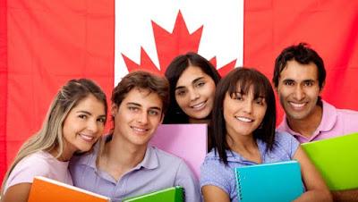 فرصة لطلبة البكالوريوس الدراسة في كندا مع منحة Entrance