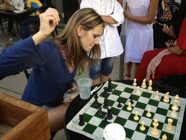 Anne-Cohen-Chess-blogger