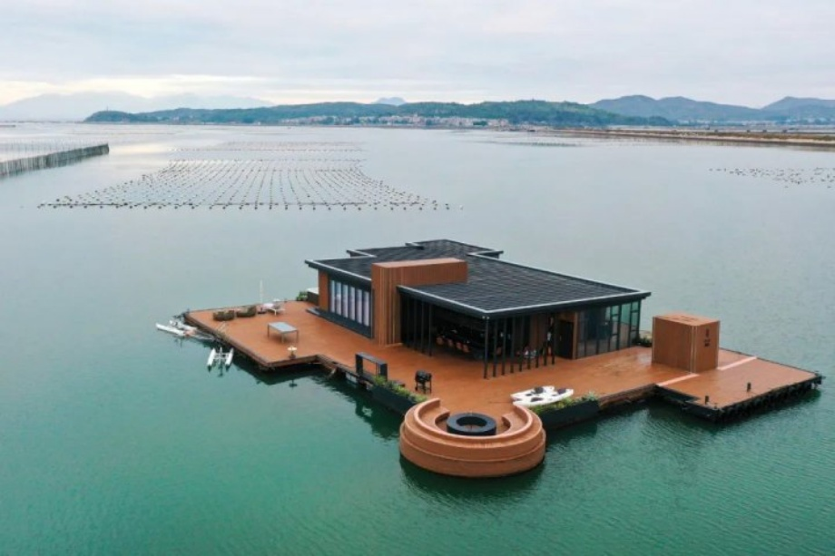 Floating Sea Mansion