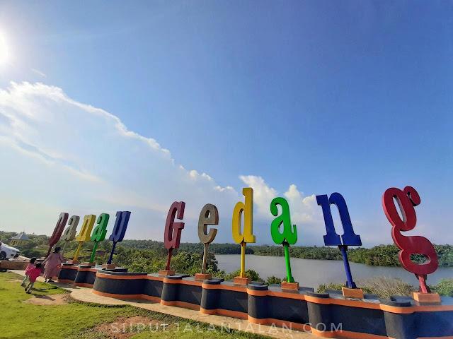 Selamat datang di Danau Gedang