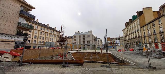 Vue sur la Place Saint-Germain au pied de l'Église (21 Février 2021)