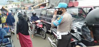 Ops Yustisi, Kanit Provos Patroli Sambang Di Pasar Sudu