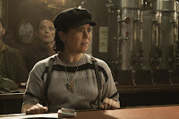 Alex Borstein in The Marvelous Mrs. Maisel (6)