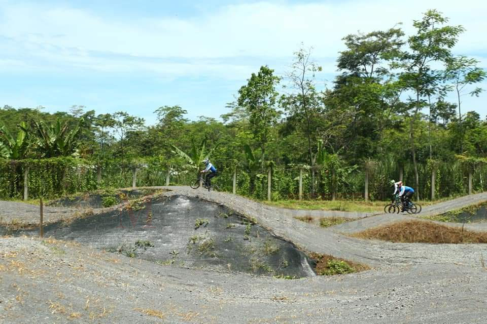Sirkuit BMX di Purwosono Mulai Dibuat Latihan