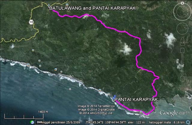 Track menuju Pantai Karapyak melalui Rest Area Emplak
