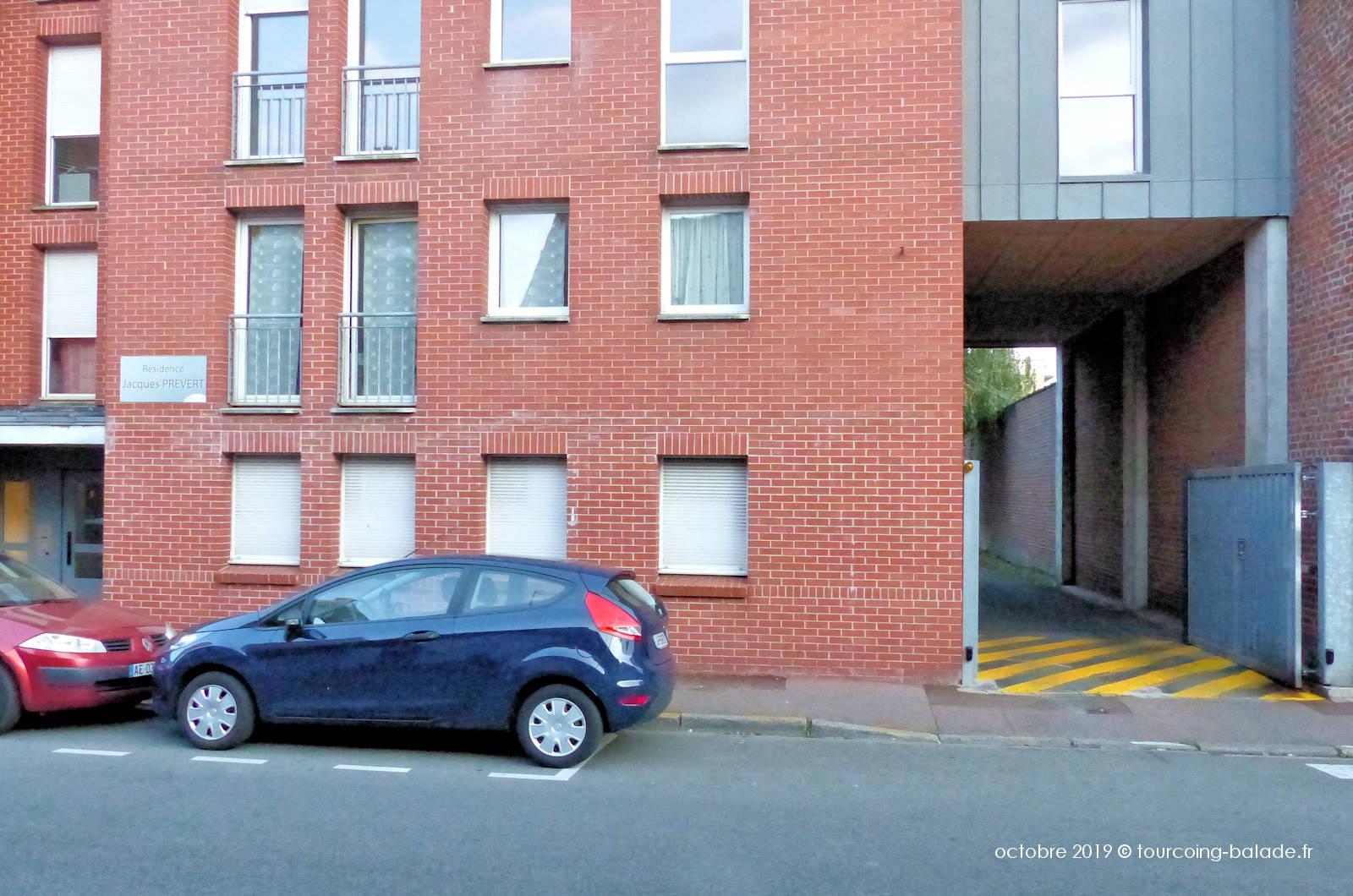 Résidence Jacques Prévert Tourcoing - Entrée parking privatif