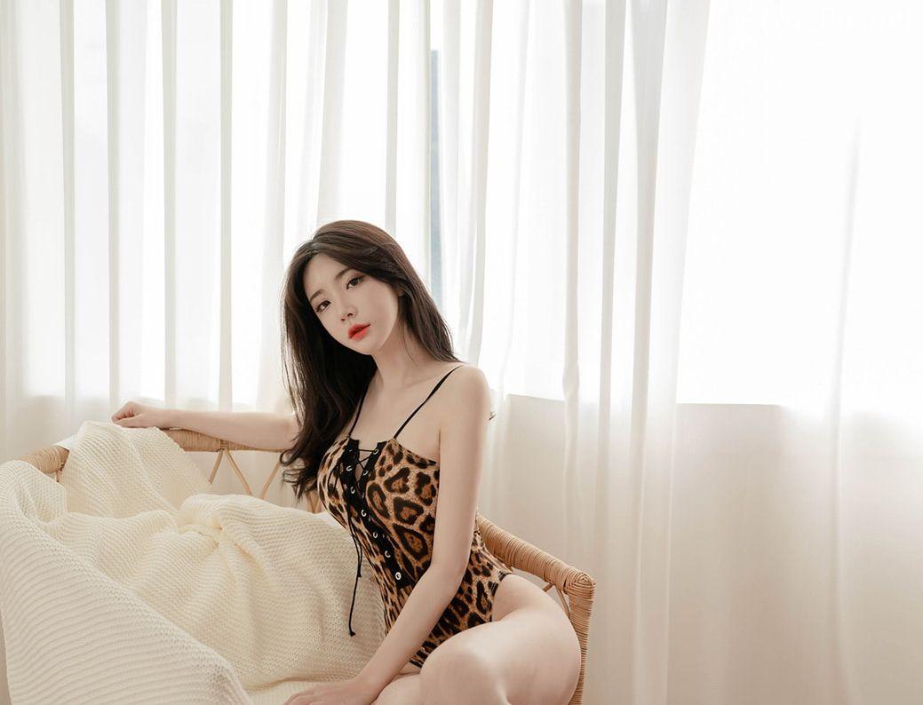 Korean model and fashion - Yoo Gyeong - Animal Print Lingerie