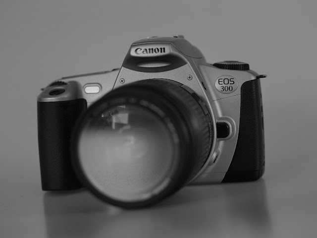 Canon Eos 300 + Canon 28-80mm - RECENZJA