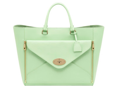 Mulberry's Oversized Willow Tote in Classic Calf Mint