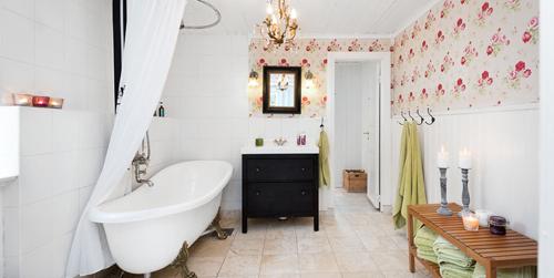 Scandinavian Vintage Modern Bathroom