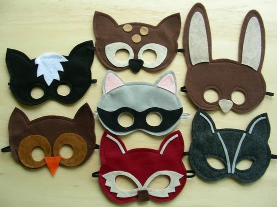 http://www.hideousdreadfulstinky.com/2011/10/guest-post-felt-mask-round-up-with.html