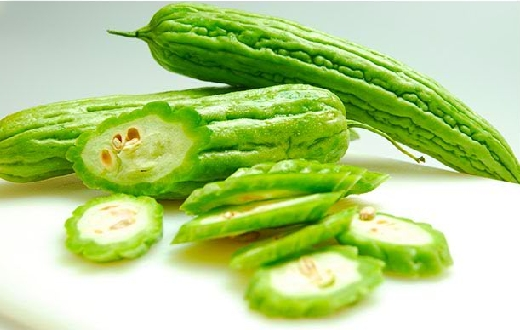 Khasiat manfaat pare bagi kesehatan dan kecantikan mengatasi berbagai keluhan penyakit diabetes, wasir, batuk, cacingan, demam, flu, mandul, impotensi dll.