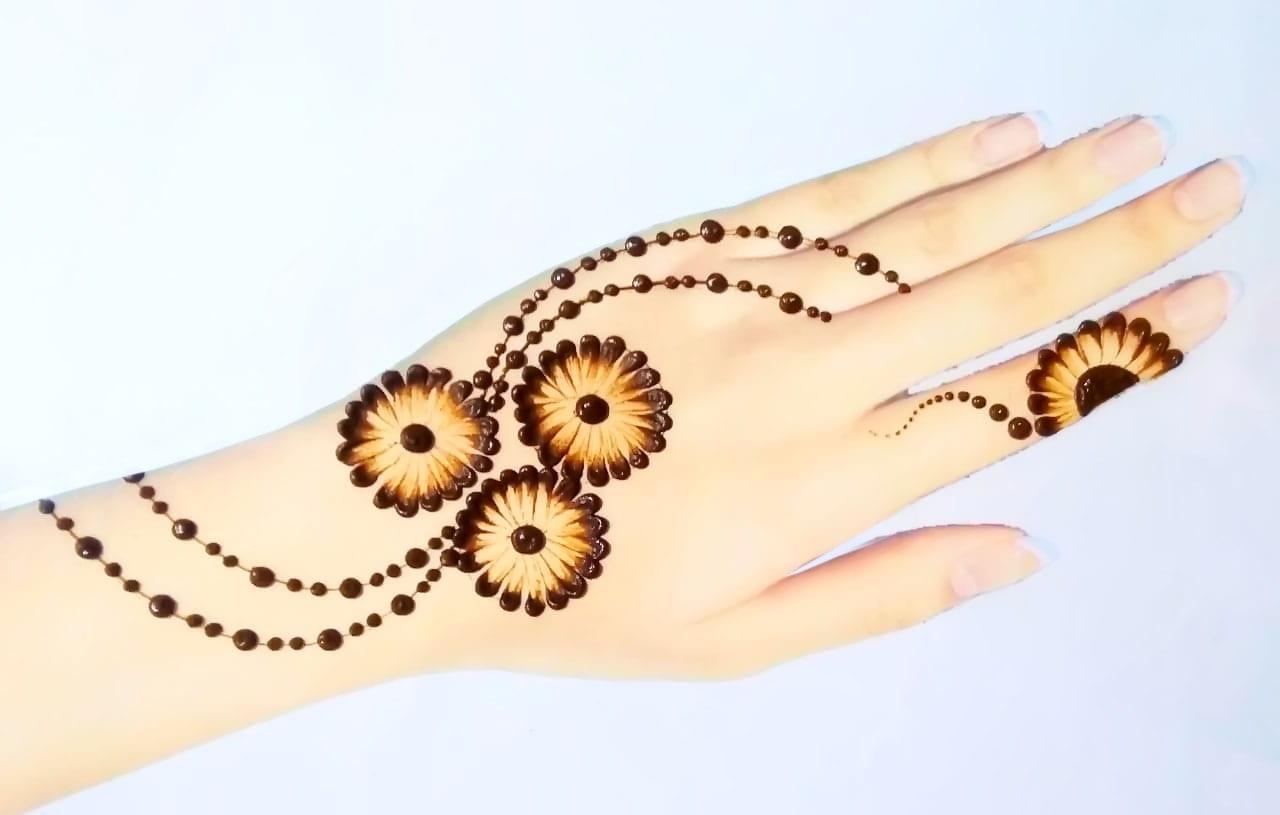 New Indian Tattoo Mehndi Designs