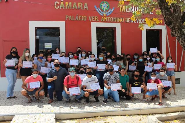 IESP Brasil e Câmara de Vereadores encerram capacitações de caraubenses