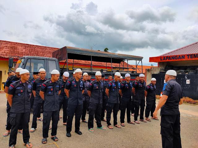 Lewat Sholat Jumat Keliling, Brimob Bone Pererat Jalinan Silaturahmi dan Sinergitas