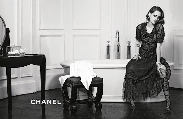 Kristen Stewart Black and White