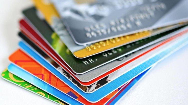 Último mes de cuarentena, el consumo con tarjetas de crédito creció un 43%