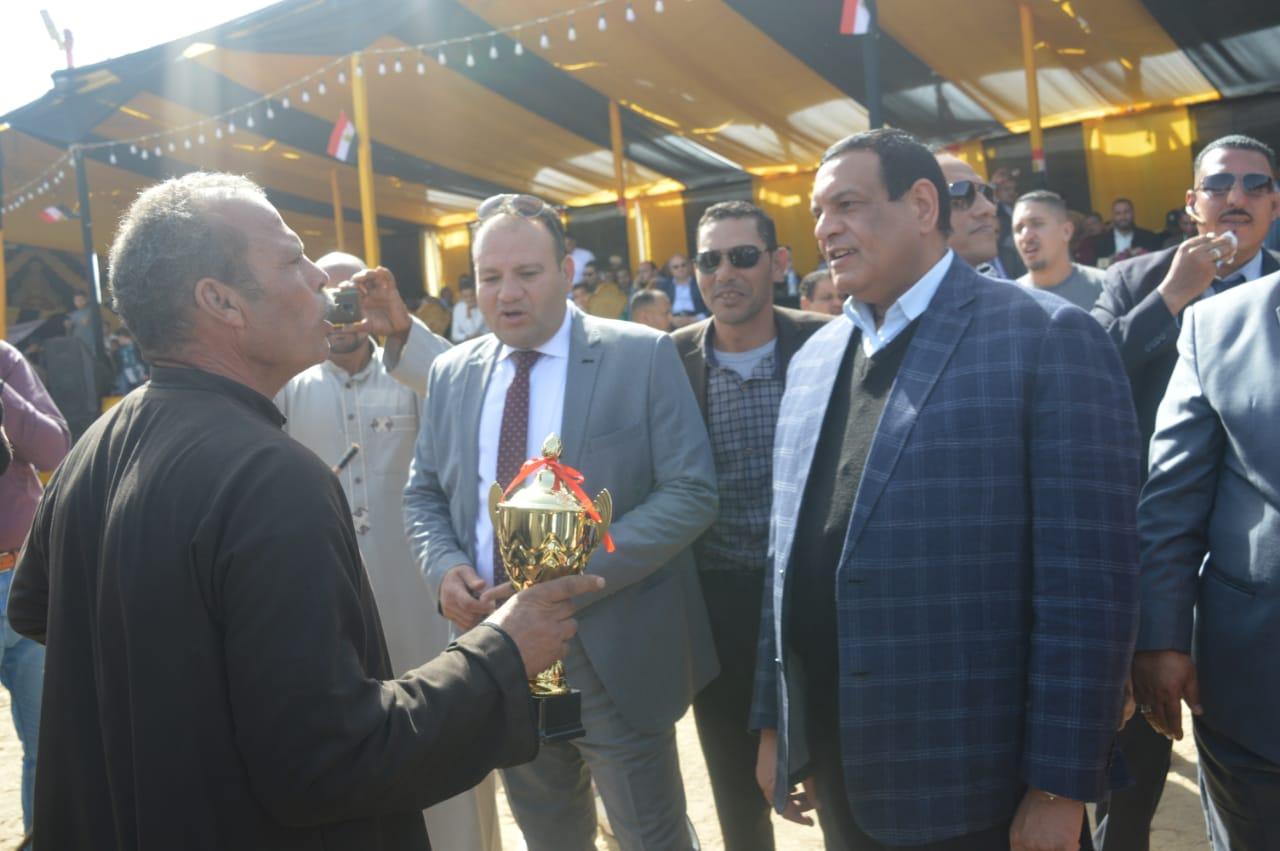 اللواء هشام آمنه يفتتح المهرجان الدولي الثالث عشر للخيول العربية الأصيلة بكوم حمادة