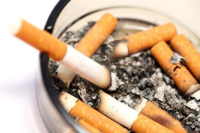 Cómo eliminar el olor a tabaco